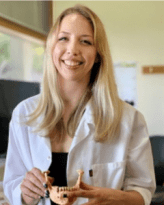 Dr Clare McFadden
